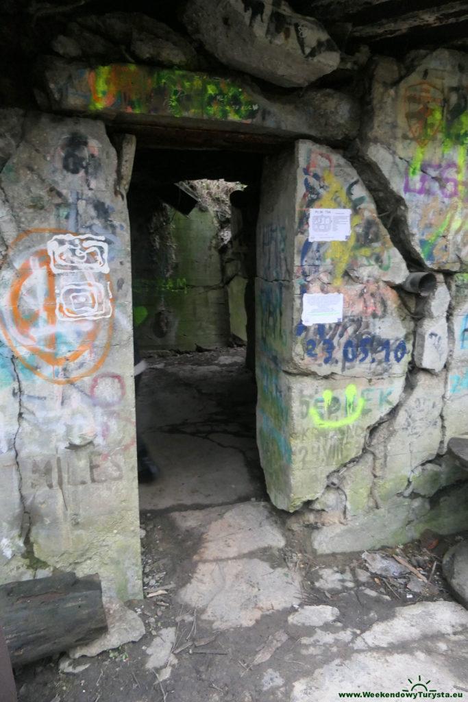 Grupa Warowna Schill - wejście do  Pz.W. 754 Międzyrzecki rejon Umocniony