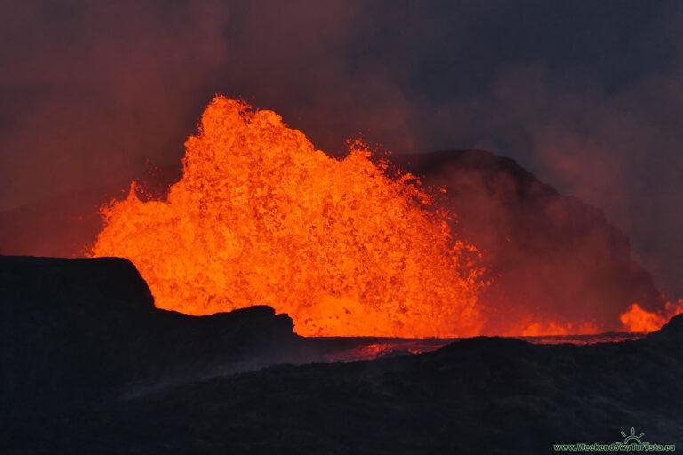 Erupcja wulkanu na Islandii